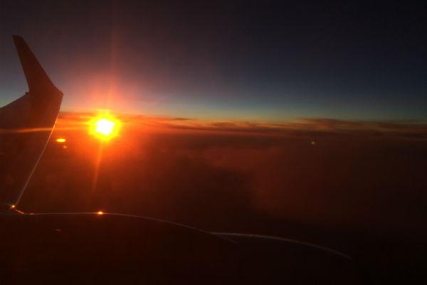 Altijd fijn om de zonsondergang vanuit het vliegtuig mee te pikken