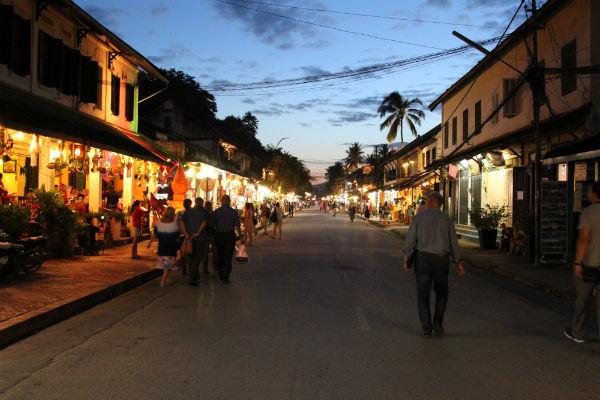 De sfeervolle straten van Luang Prabang