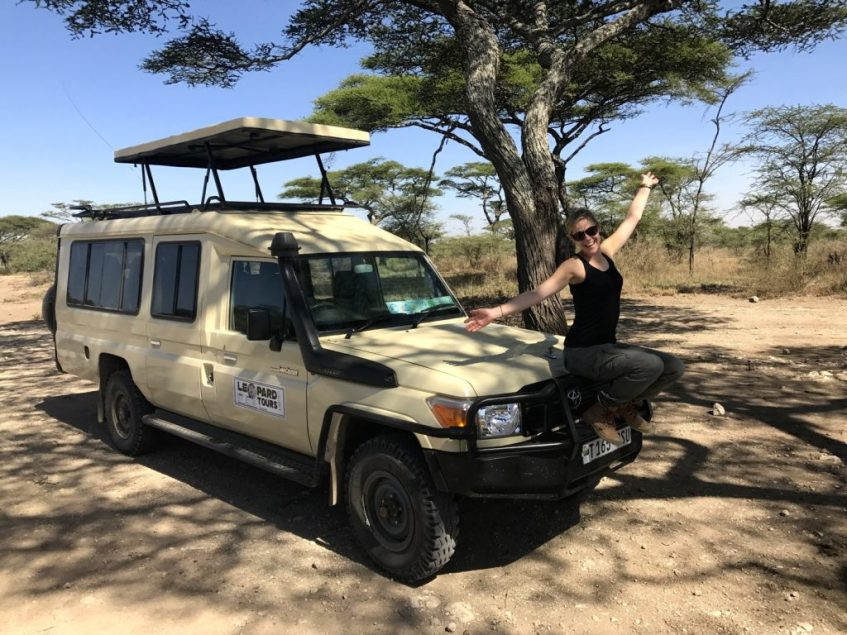 Daphne op safari Leopard Tours Tanzania