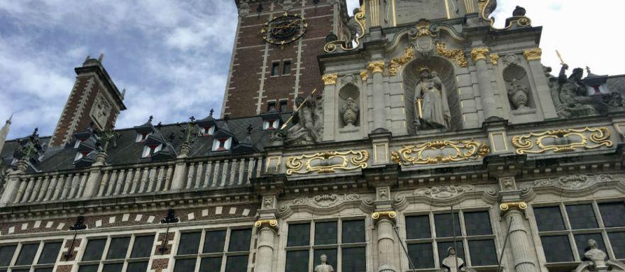 De Leuvense Universiteitsbibliotheek tijdens weekend Leuven in Belgie