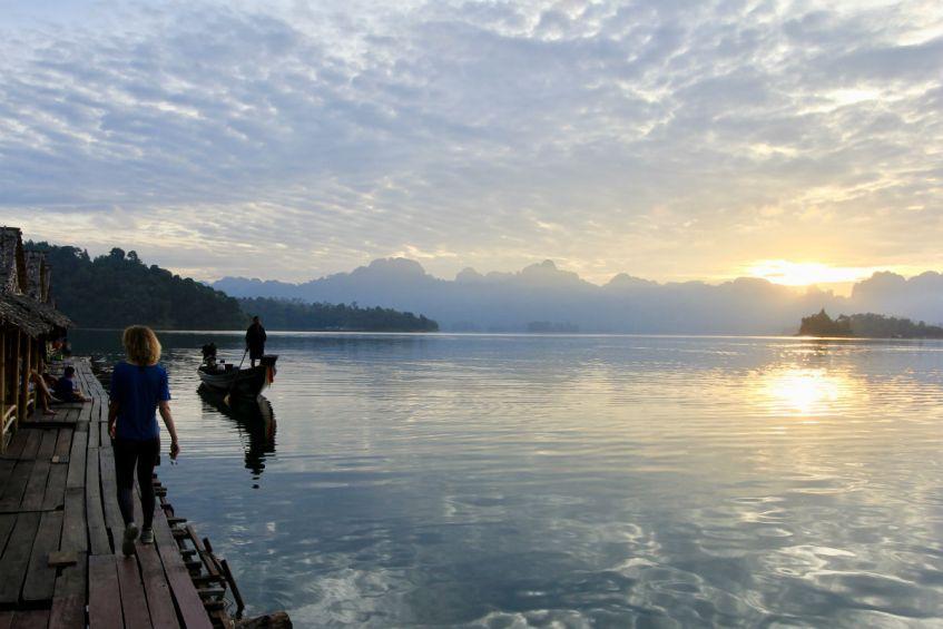 Reisdagboek de zonsopgang in Khao Sok National Park