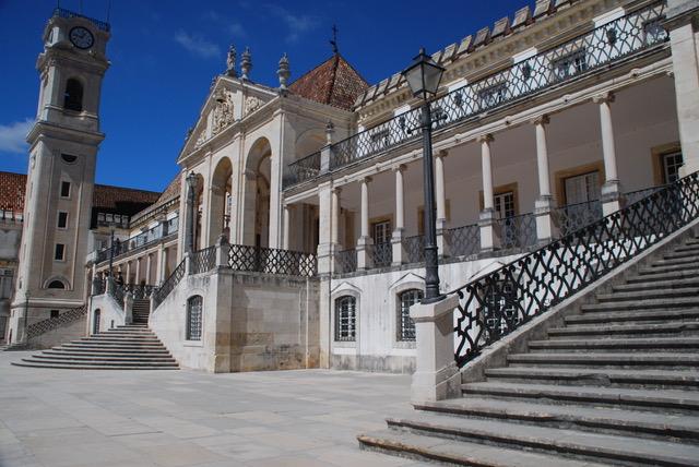 Coimbra mag je niet missen tijdens je roadtrip door Portugal