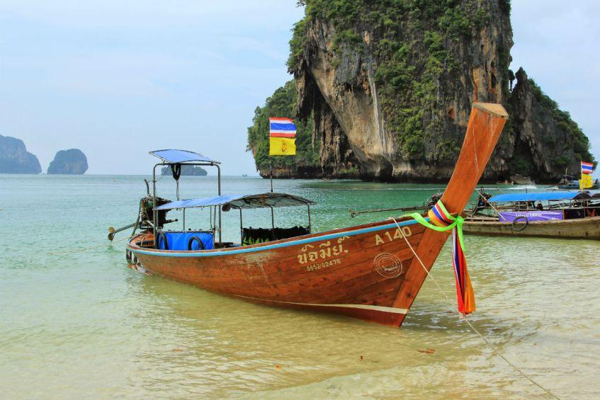 Thailand bezoeken Railey Beach heeft parelwitte stranden
