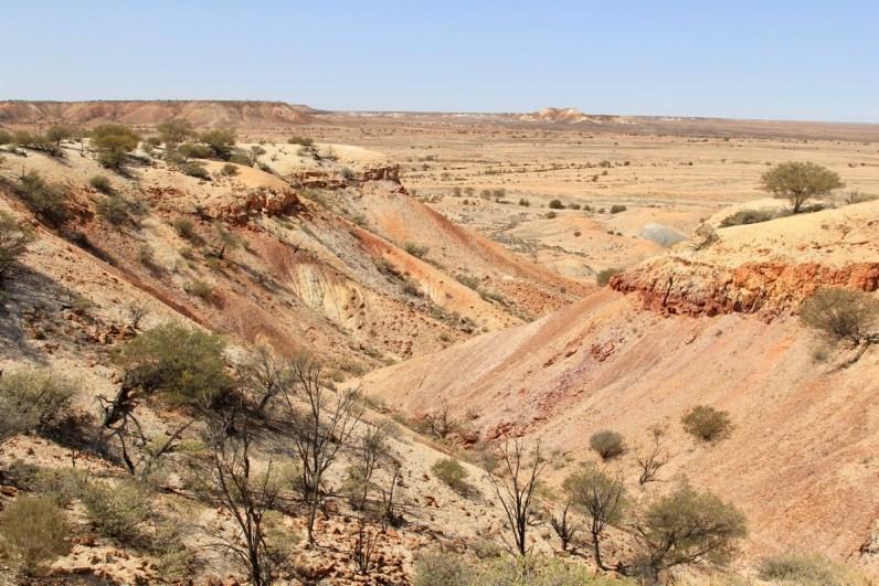 Stop zeker bij de The Painted Desert een absolute highlight langs de Oodnadatta Track