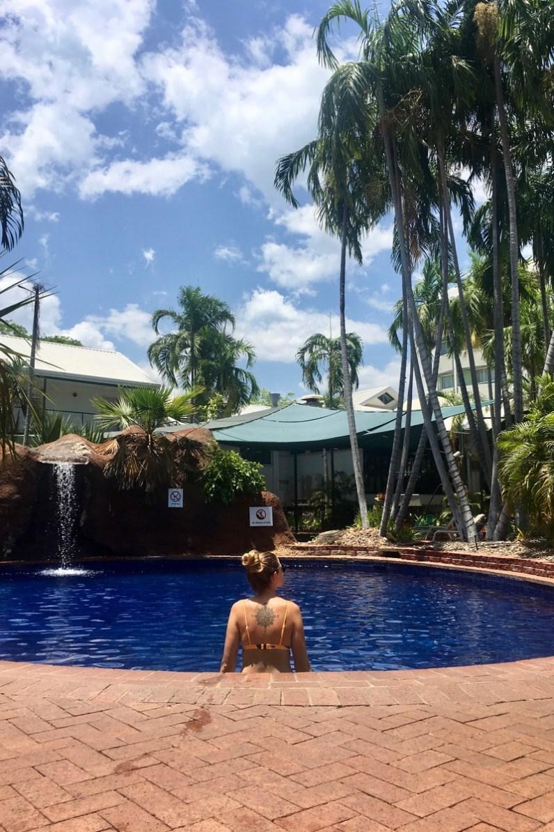 Doen in Kakadu is lekker ontspannen in het hotelzwembad