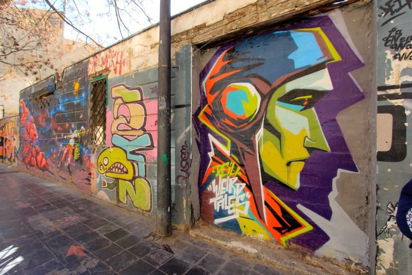 Wat je zeker moet doen in Valencia is street art spotten in El Carmen, de plek voor mooie straatkunst