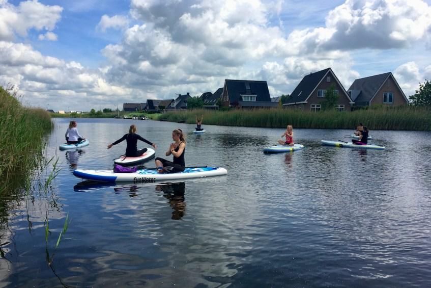 Suppen in Groningen: sup yoga, tips en de mooiste routes op te suppen