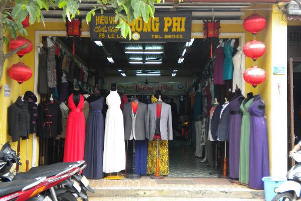 Een van de vele kleermakers in Hoi An
