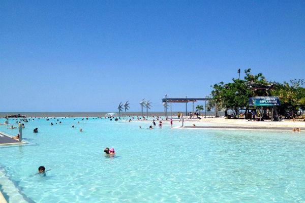 De verkoelende Lagoon in Cairns, wat een heerlijk plekje in Australië