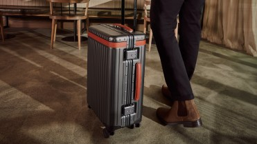 carl-friedrik-carry-on-suitcase-lifestyle-4