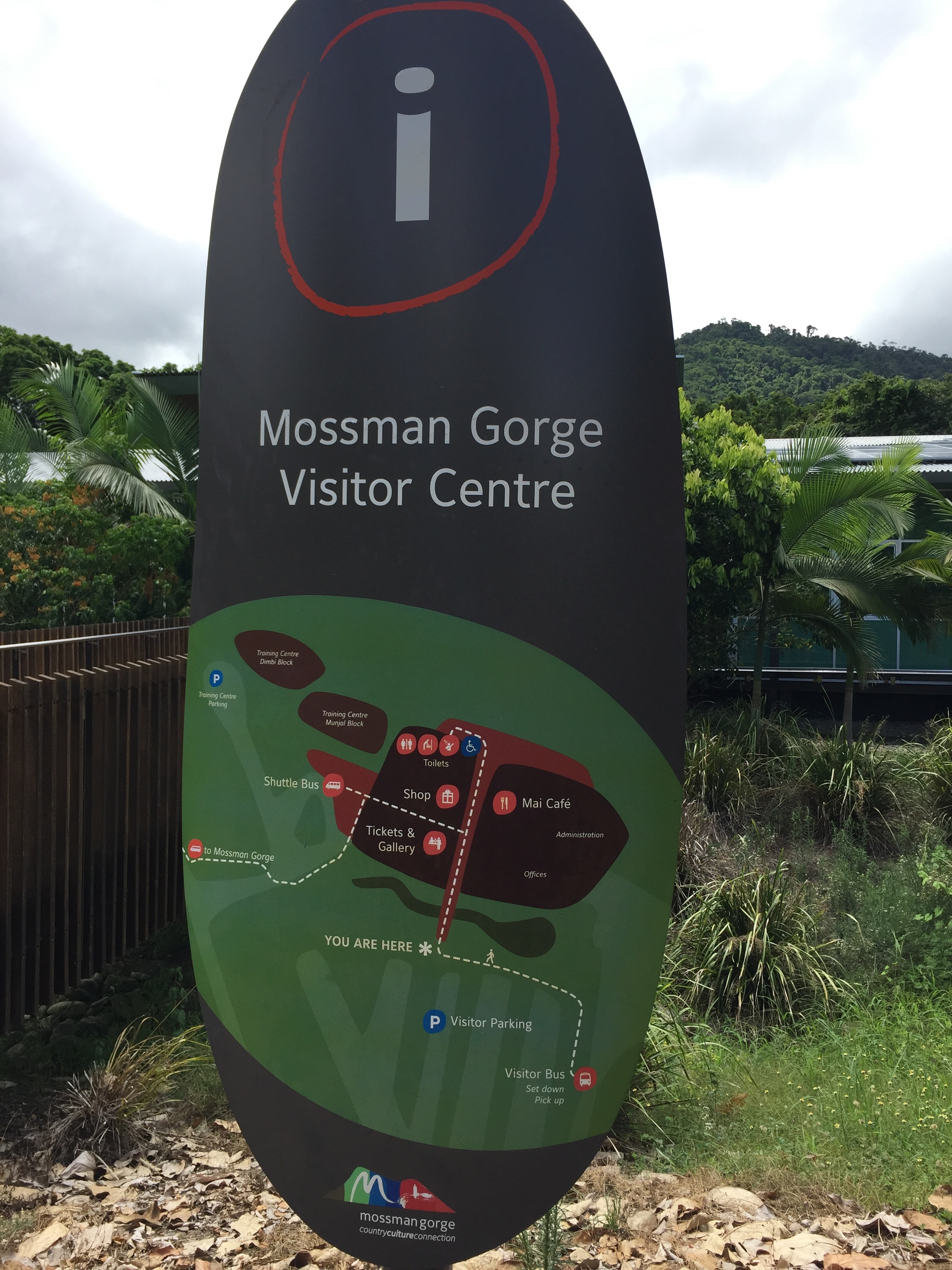 Mossman Gorge visitor centre sign with map