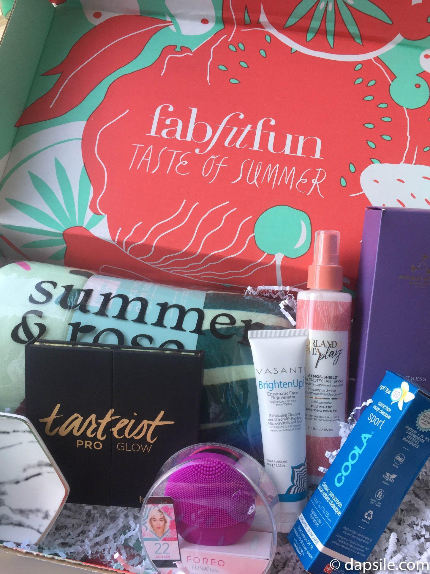 FabFitFun Summer 2018 Subscription Box opened