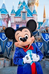 Mickey-Mouse-4_15_DL_000352