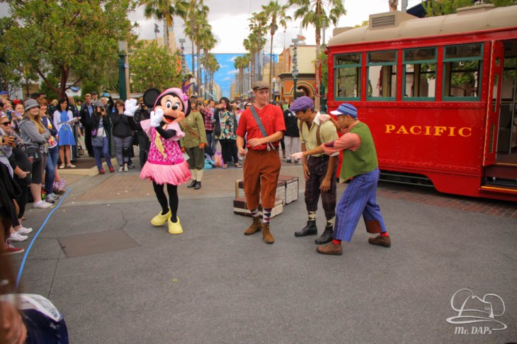 Minnie Mouse Joins Mickey Mouse in Red Car Trolley News Boys-20