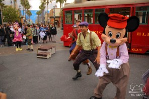 Minnie Mouse Joins Mickey Mouse in Red Car Trolley News Boys-28