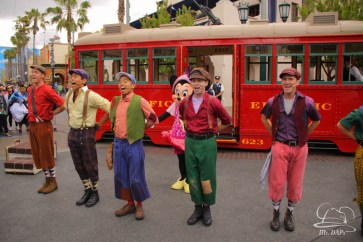 Minnie Mouse Joins Mickey Mouse in Red Car Trolley News Boys-5