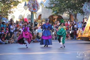 Holidays at Disneyland Resort-59