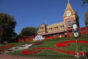Christmas at Disneyland - November 8, 2015-2