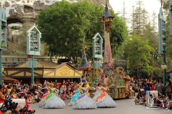 Soundsational Alice at the Disneyland Resort-34