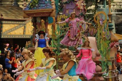 Soundsational Alice at the Disneyland Resort-36