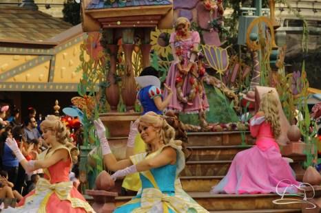 Soundsational Alice at the Disneyland Resort-37