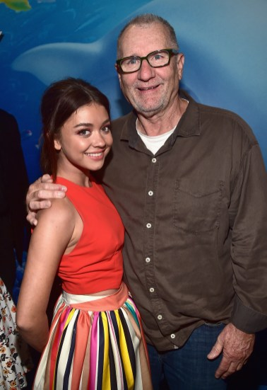 HOLLYWOOD, CA - JUNE 08: Actors Sarah Hyland (L) and Ed O'Neill attend The World Premiere of Disney-Pixar's FINDING DORY on Wednesday, June 8, 2016 in Hollywood, California. (Photo by Alberto E. Rodriguez/Getty Images for Disney) *** Local Caption *** Sarah Hyland; Ed O'Neill