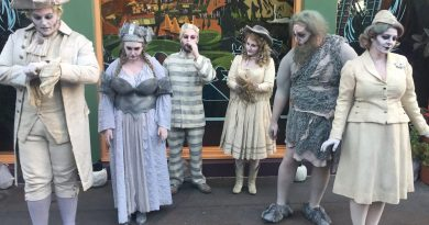 WestBeat SCAREolers - Downtown Disney