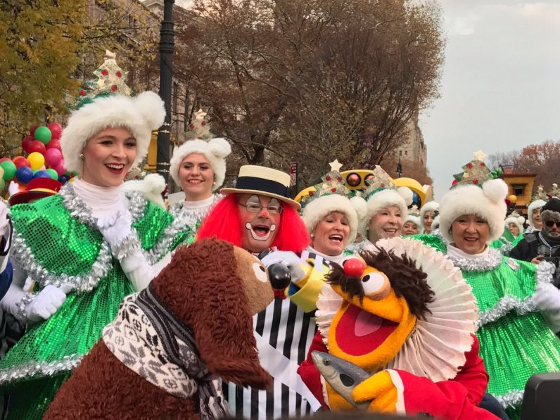 Macy's Parade with The Muppets