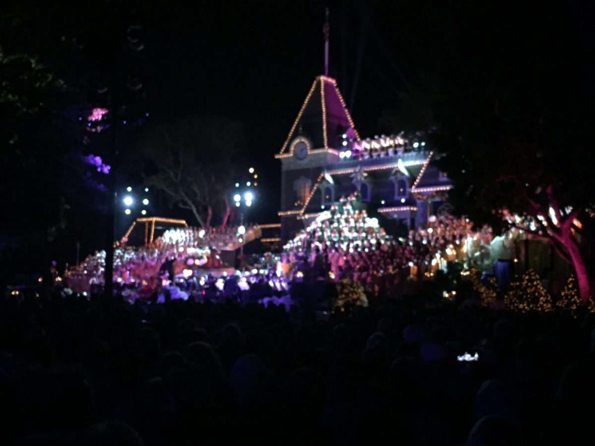Candlelight Ceremony and Processional Returns to Disneyland Resort with Ginnifer Goodwin