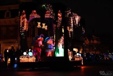 DisneylandElectricalParade 110