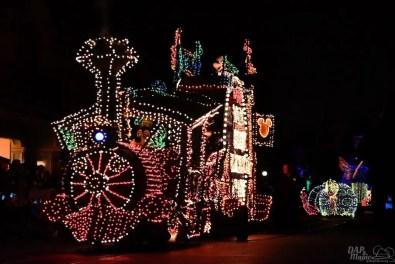 DisneylandElectricalParade 12