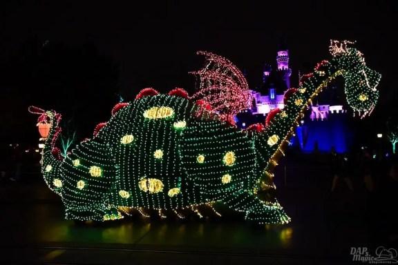 DisneylandElectricalParade 142