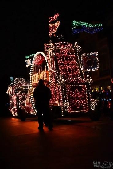 DisneylandElectricalParade 26