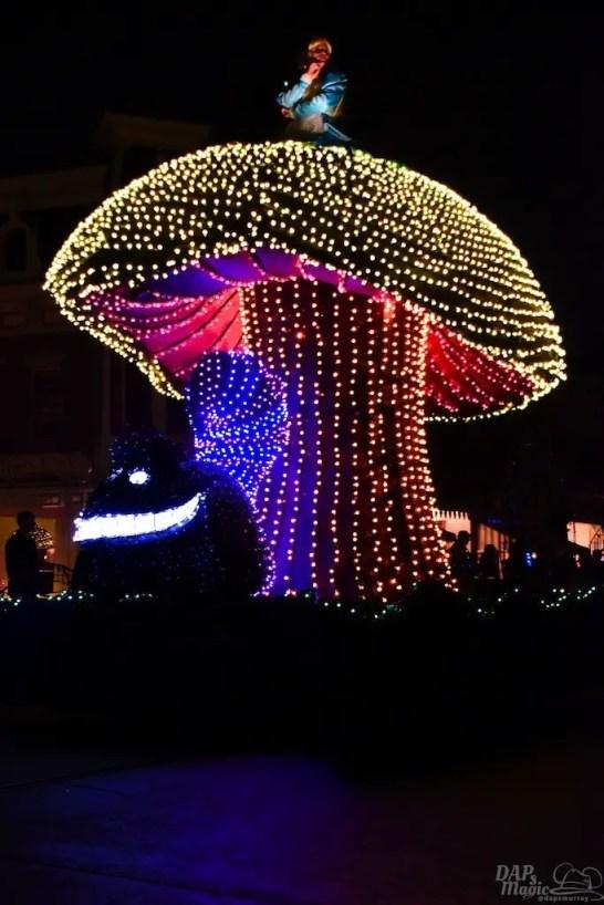 DisneylandElectricalParade 39