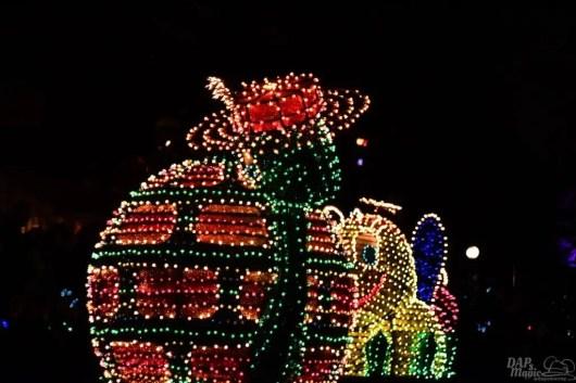 DisneylandElectricalParade 56