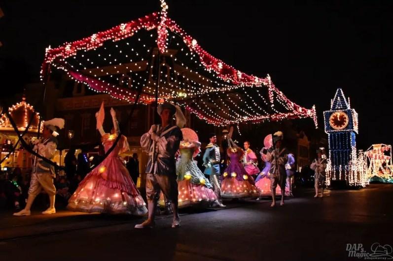 DisneylandElectricalParade 82