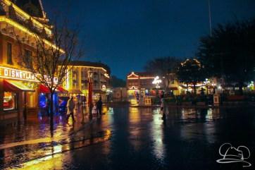 DisneylandResortRainyDay-149