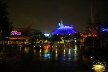 DisneylandResortRainyDay-166