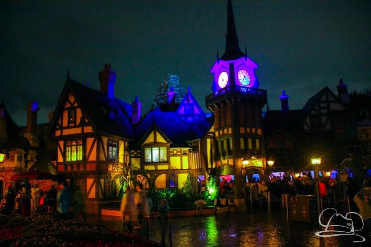 DisneylandResortRainyDay-180