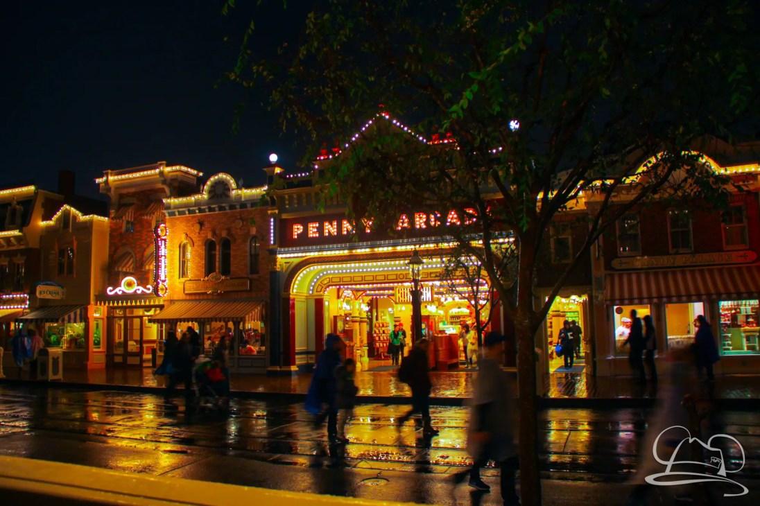 DisneylandResortRainyDay-216