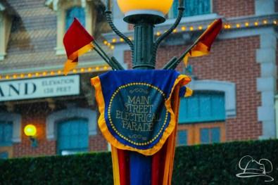 DisneylandResortRainyDay-3