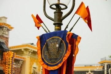 DisneylandResortRainyDay-8