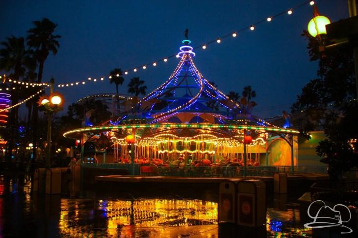 DisneylandResortRainyDay-89