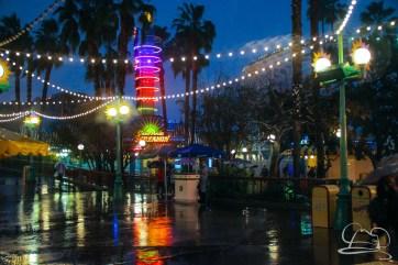 DisneylandResortRainyDay-94