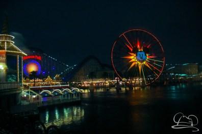 DisneylandResortRainyDay-98