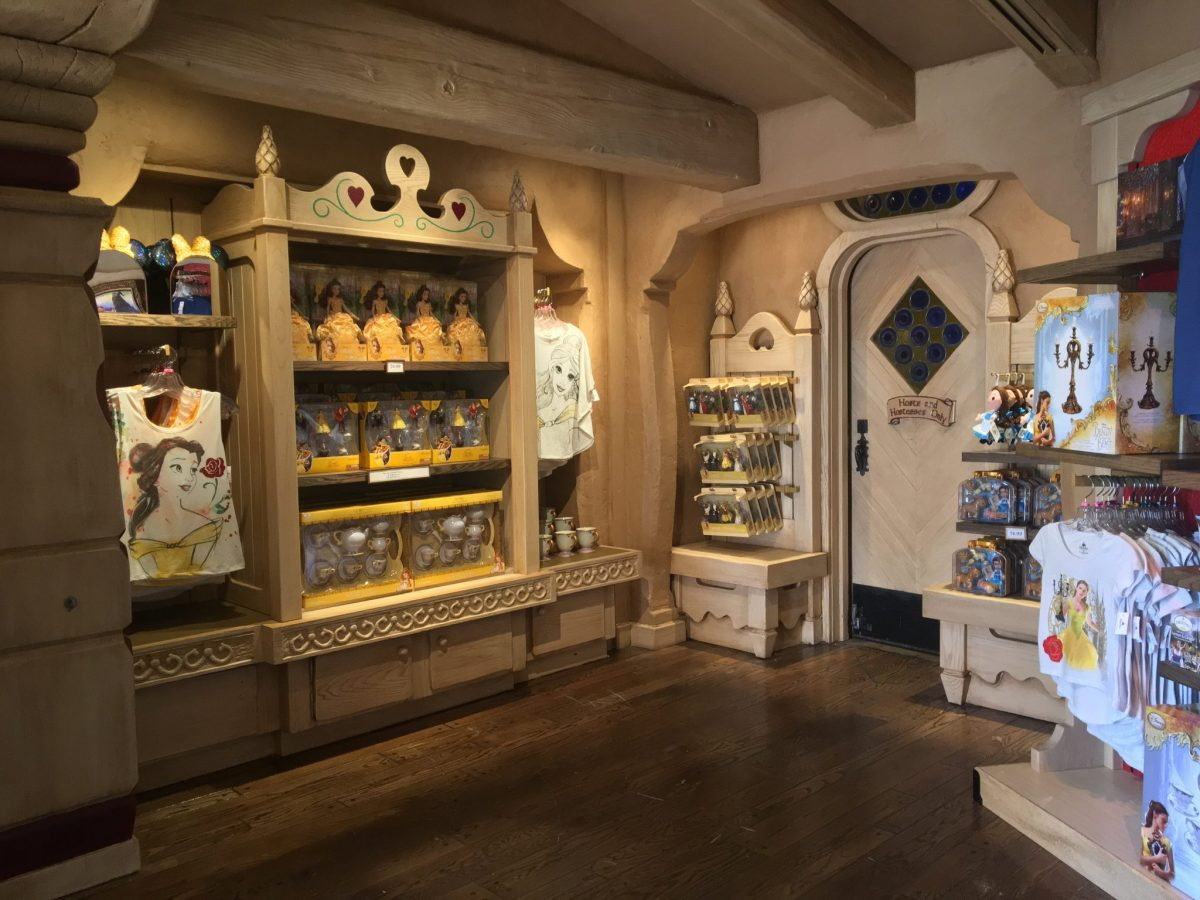 Beauty and the Beast Pop-Up Shop Opens at Disneyland