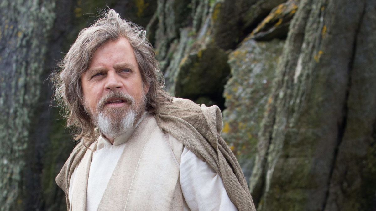 Mark Hamill Makes Surprise Appearance on Star Tours at Disneyland (video)