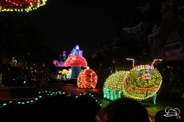 DisneylandMainStreetElectricalParade_45thAnniversary-22
