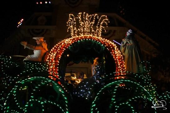 DisneylandMainStreetElectricalParade_45thAnniversary-33