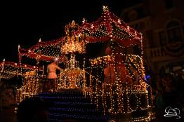 DisneylandMainStreetElectricalParade_45thAnniversary-39